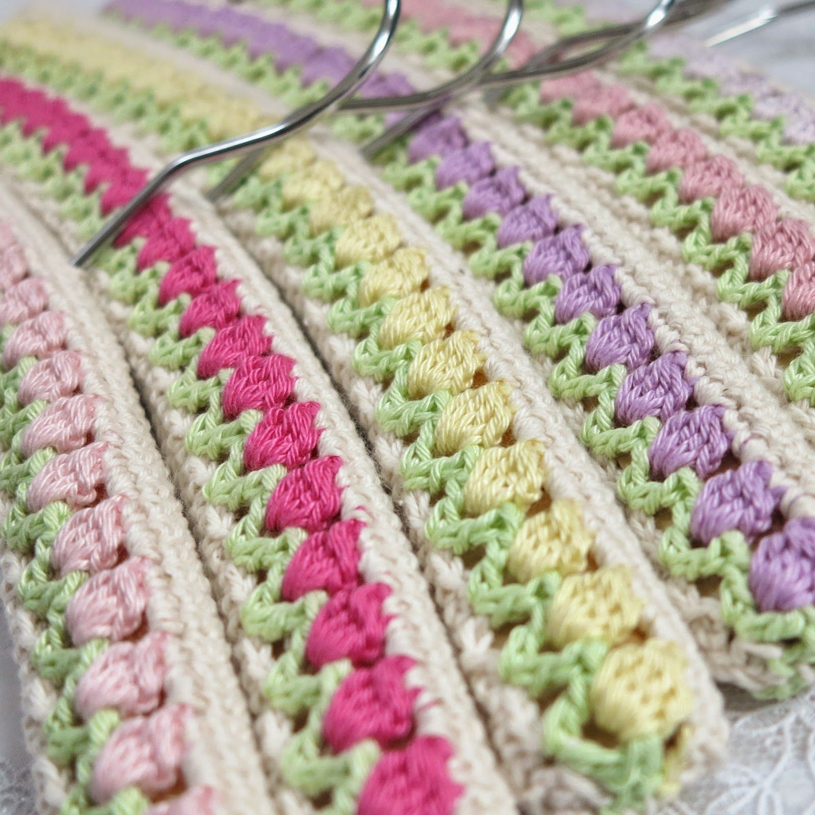 instructions for knitted coat hangers